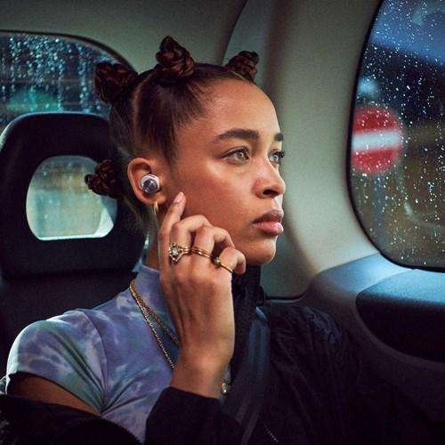 Bowers & Wilkins PI5 Trådløs in-ear hodetelefon