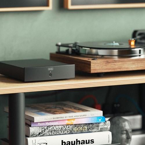 HEGEL V10 RIAA-forsterker