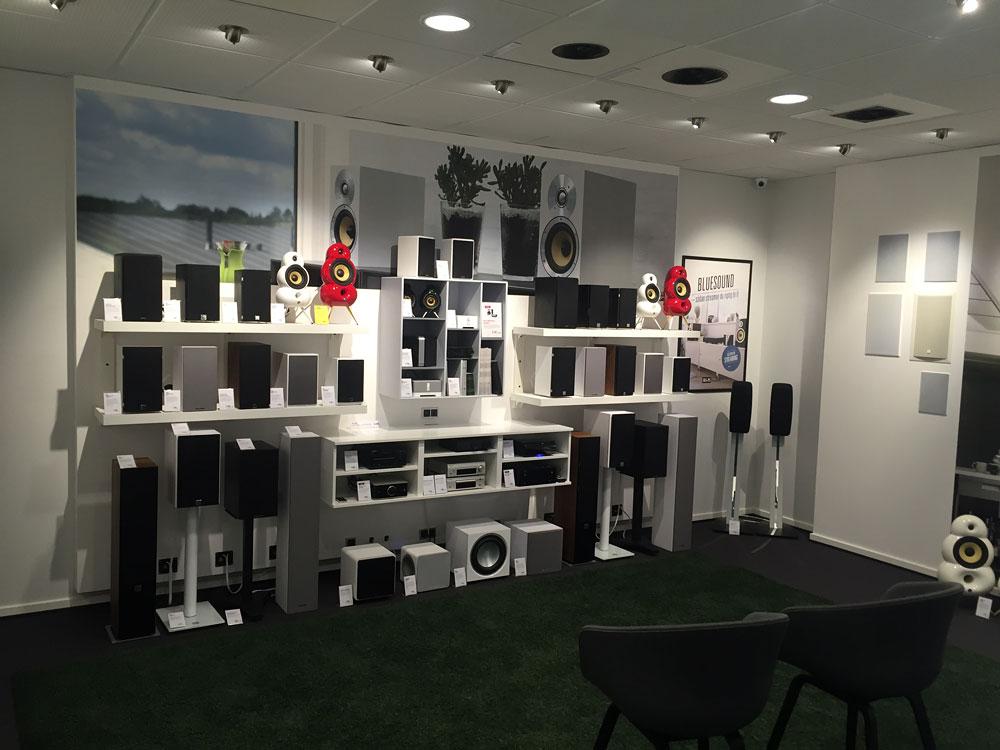 tilst-small-speakers.jpg